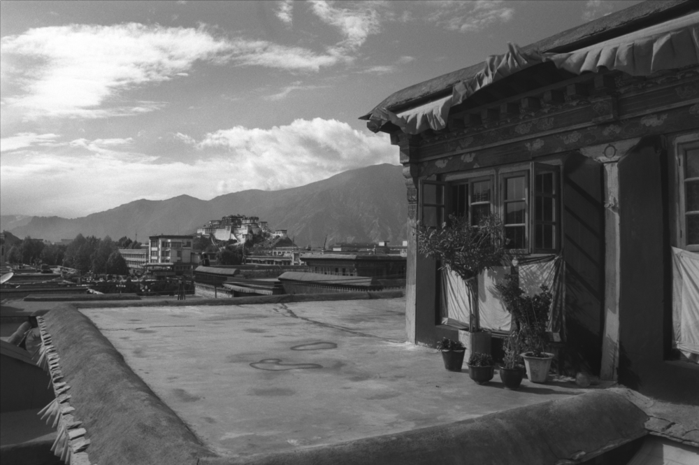 Jo Farrell, View of Potala Palace from the Jokhang  Lhasa (Tibet, 1998)