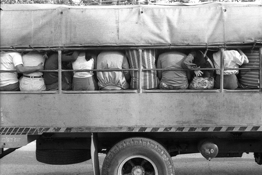 Jo Farrell, Bottoms, Santiago de Cuba (Cuba, 2002)