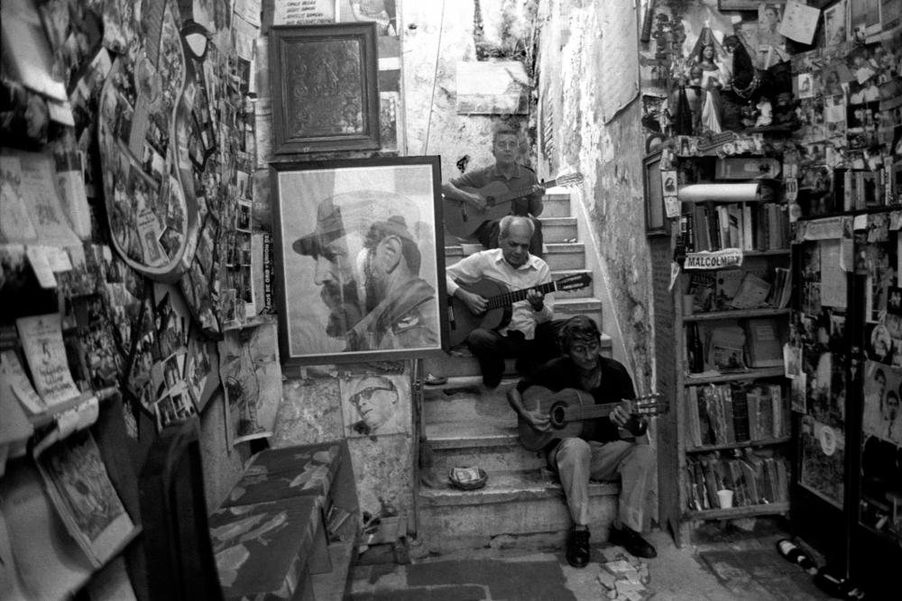 Jo Farrell, Trio, Santiago de Cuba (Cuba, 2002)