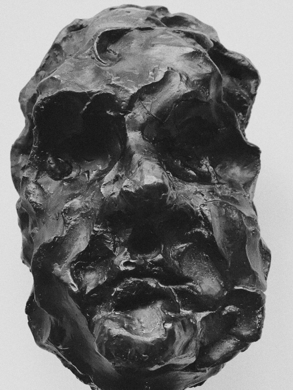Head IV  2015, bronze