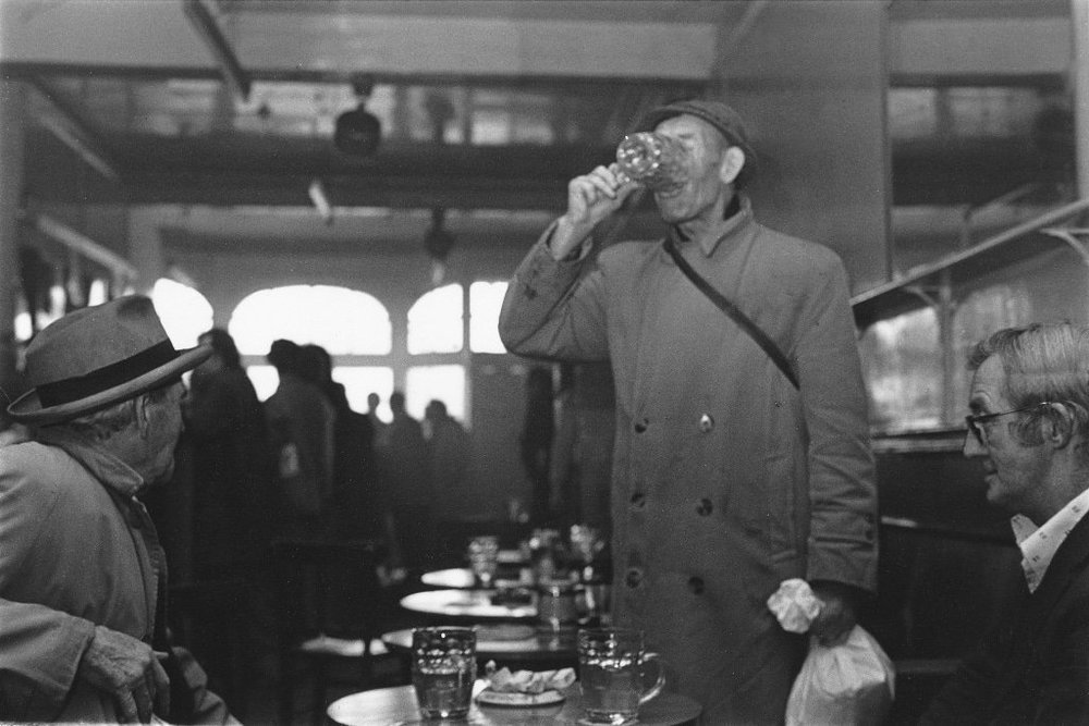 Tish Murtha,  The New Found Out Pub, Newport,  1977