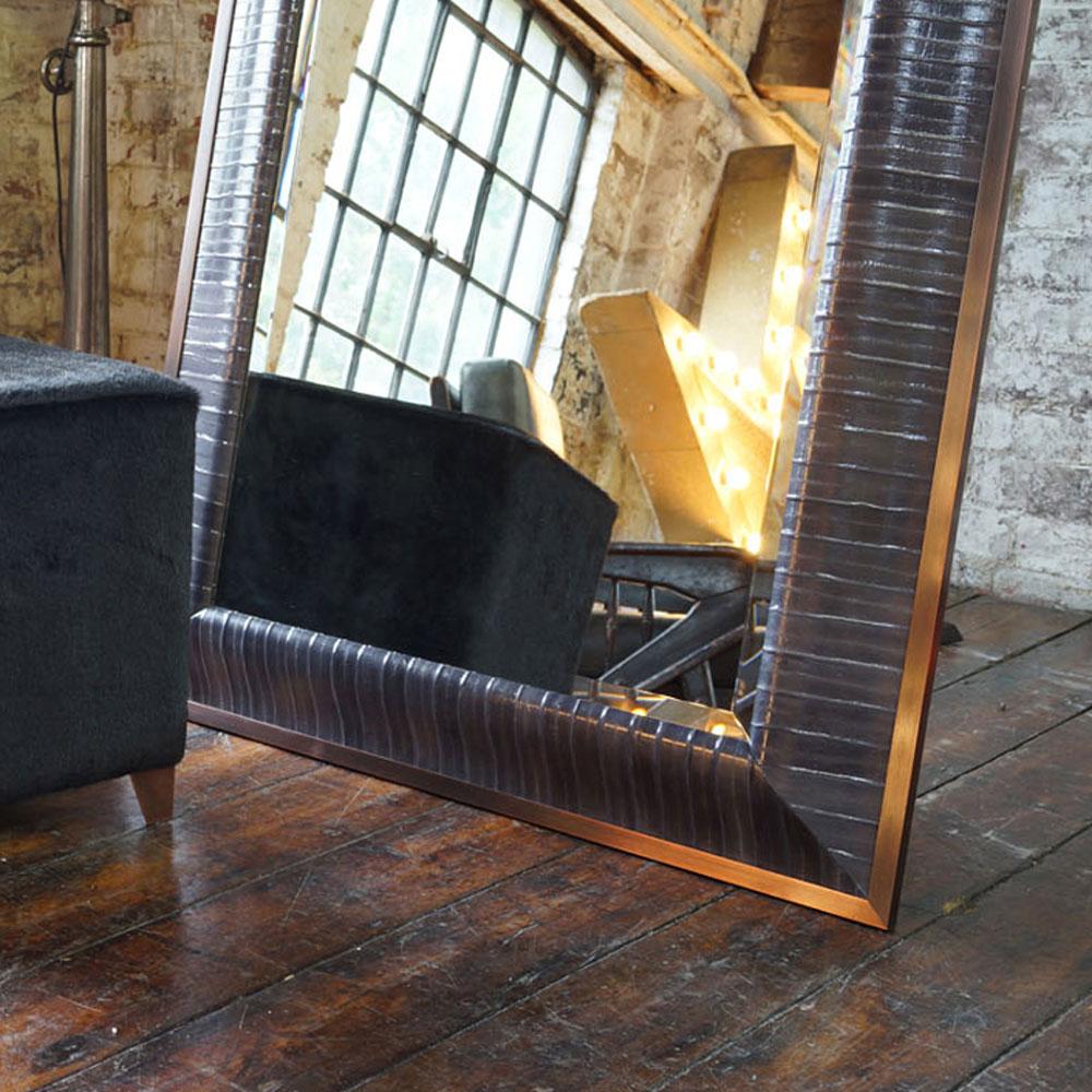 byzantine-cube-dressing-mirror.jpg