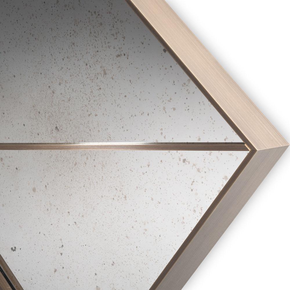 Ebury-Mirror-Corner.jpg