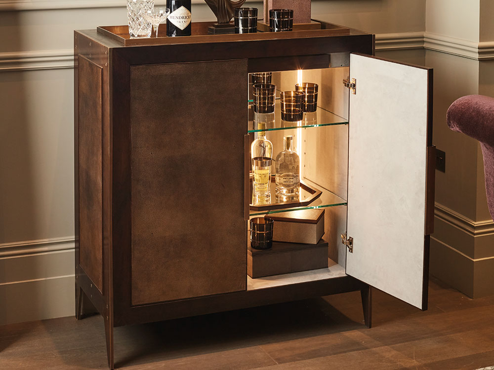 byzantine-drinks-cabinet-1.jpg