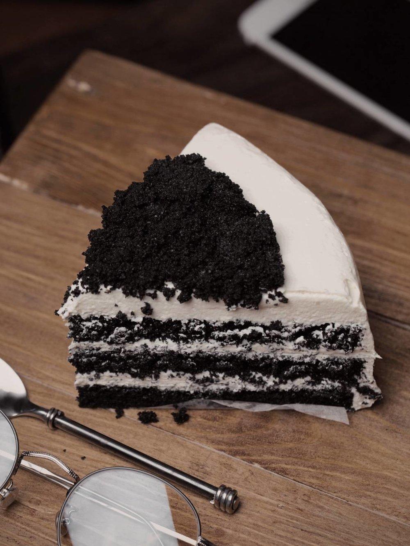 BLACK VELVET - Why black? WHY NOT?