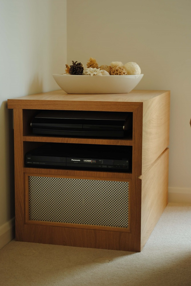 Oak stereo unit