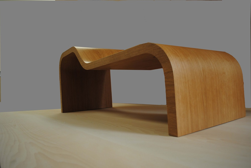 Hall seat in oak