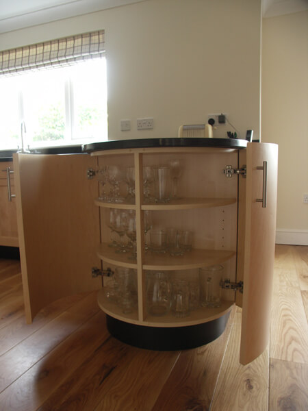 Curved kitchen cabinet