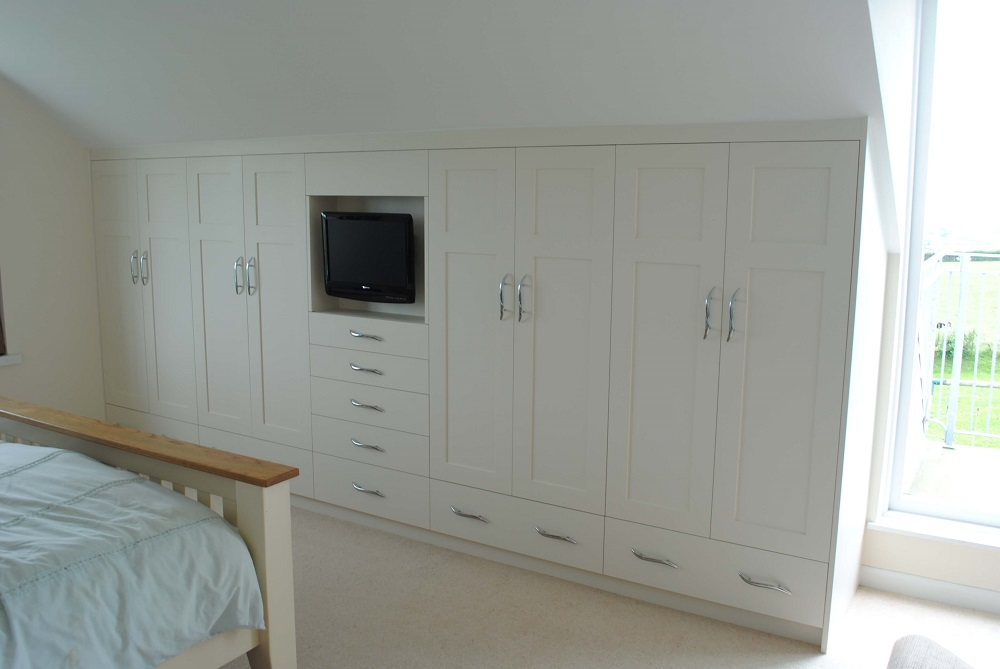 Painted Fitted Wardrobe