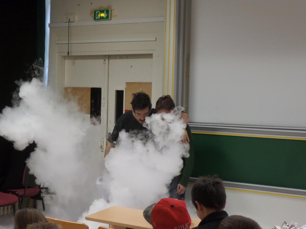 Expérience lors du festival de la physique