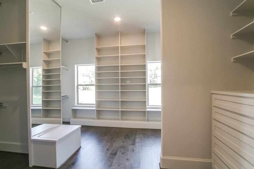 415 Camden HIlls custom closet.jpg