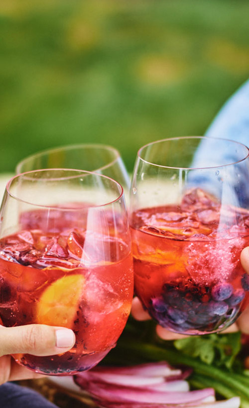 Rosé Sangria - 2 oz Hangar 1® Rosé Vodka1/2 oz fresh watermelon juice1/4 oz fresh lime juiceClub soda, to topPREPARATIONCombine vodka, watermelon juice, lime juice, and fruit in a shaker with ice. Shake well and pour into a stemless wine glass. Top with club soda.
