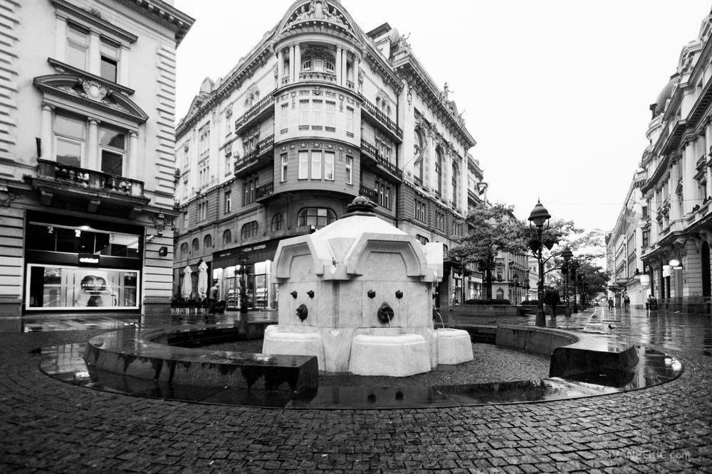beograd fontana knez street.jpg