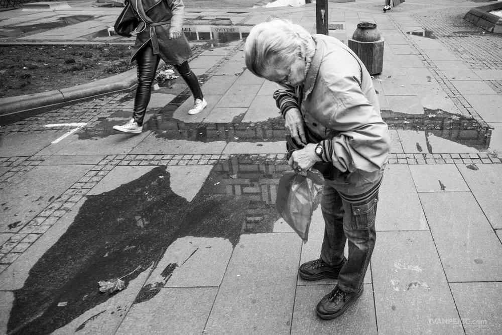 zena trazi street_.jpg