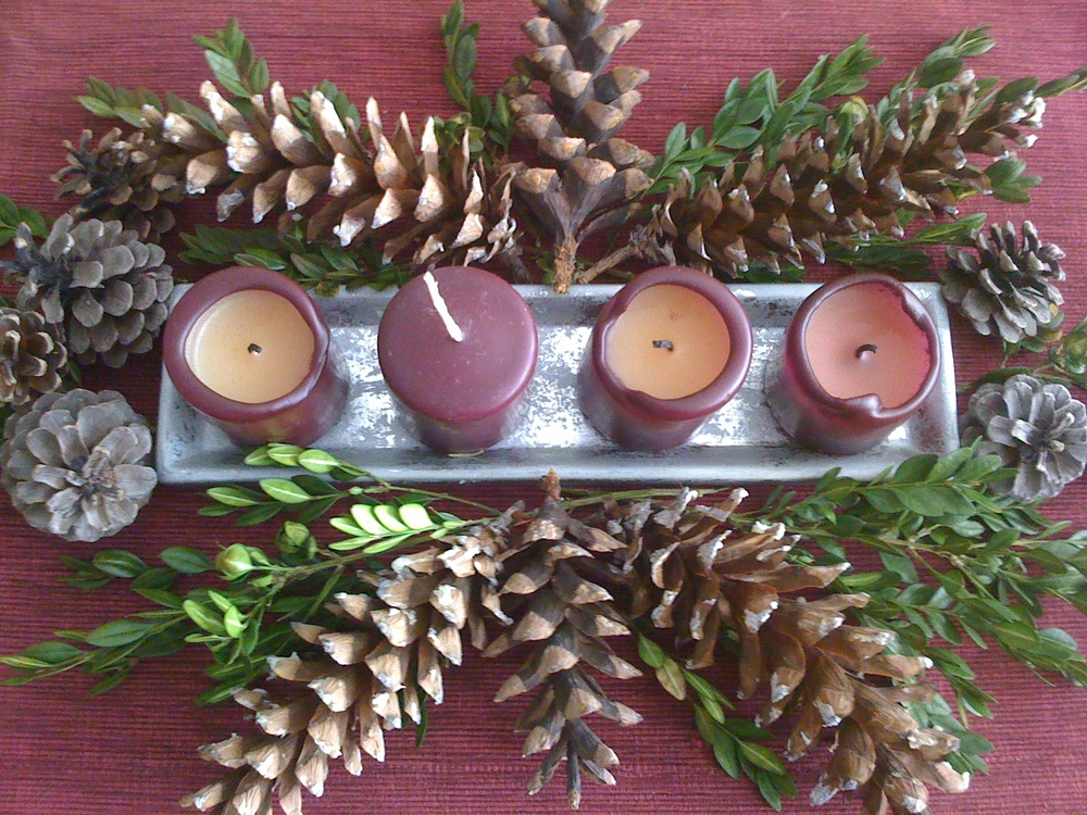 simple Advent centerpiece
