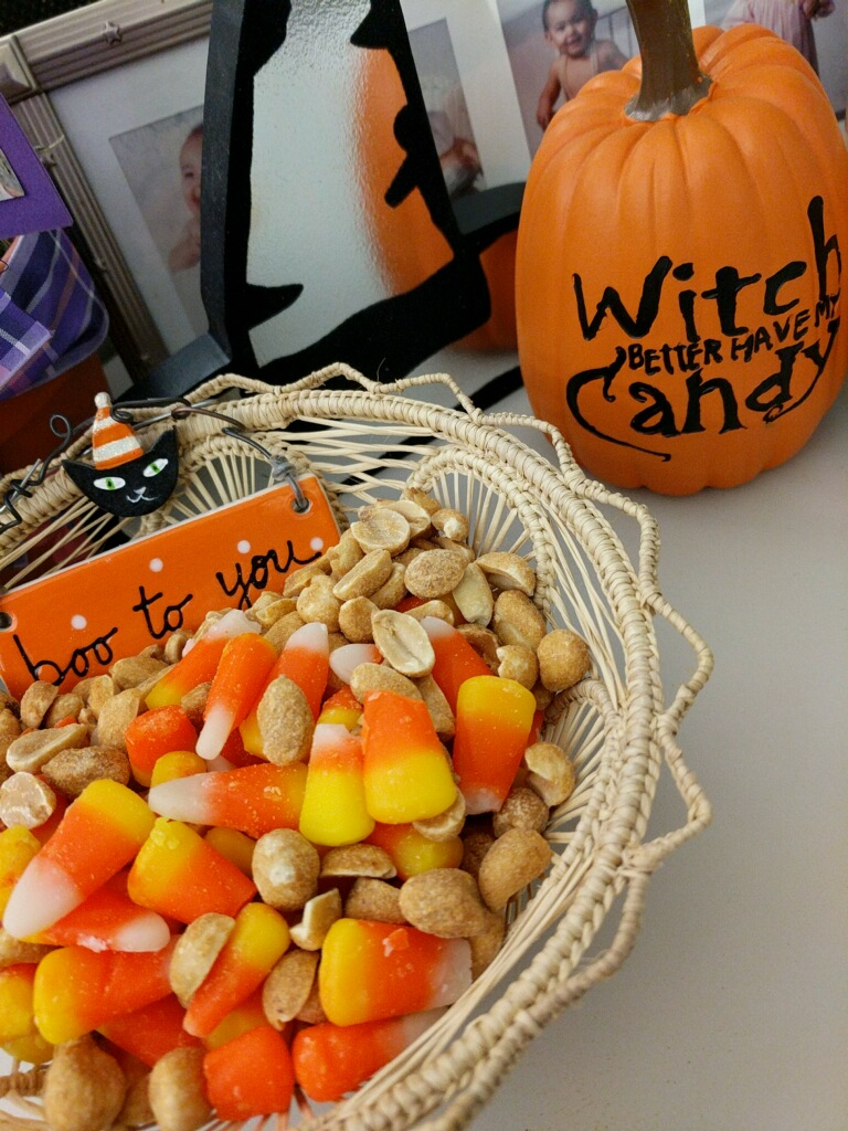 """She sent me a text with this photo. Jay-Jay's tip: """"Mix peanuts with the candy corn. It tastes like a Payday Bar."""""""