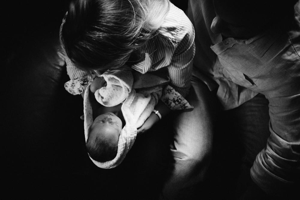 dogwoodphotography_photographer_vancouver_family_newborn_babytyler-74.jpg