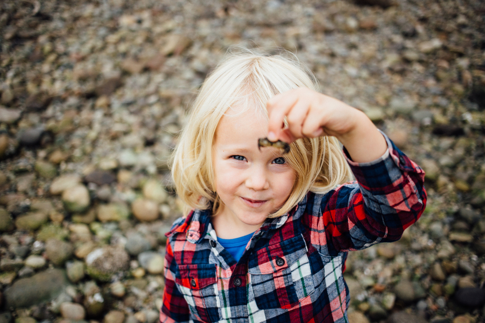 dogwoodphotography_photographer_north_vancouver_child_family_wildbird-1.jpg
