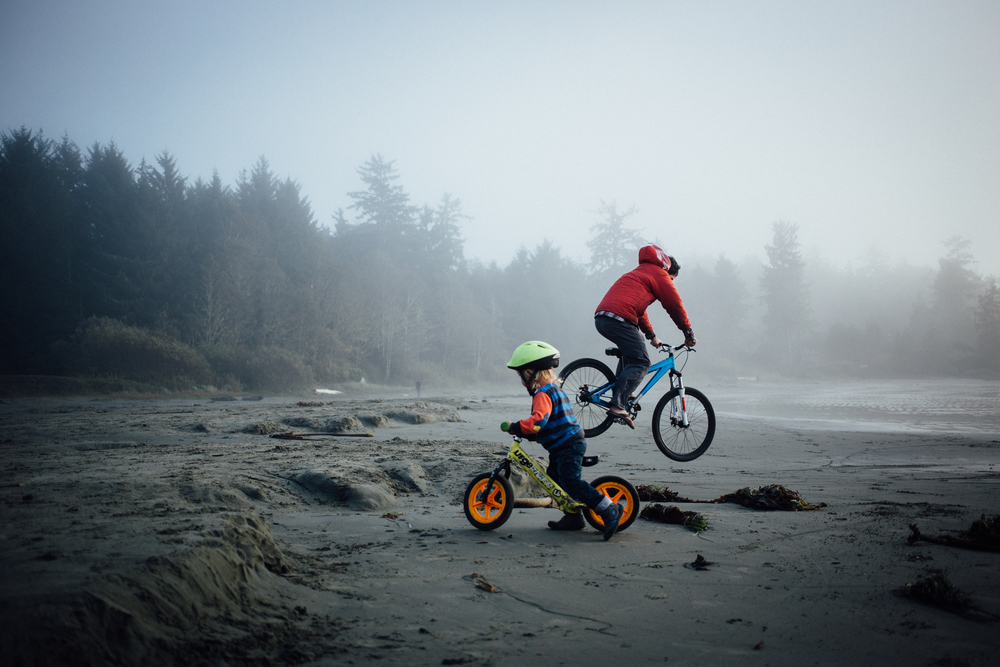 dogwoodphotography_photographer_vancouver_family_fallcamping-11.jpg