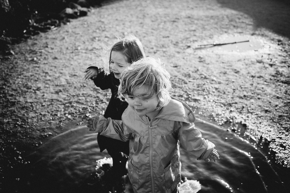 dogwoodphotography_photographer_vancouver_child_cousins-9.jpg