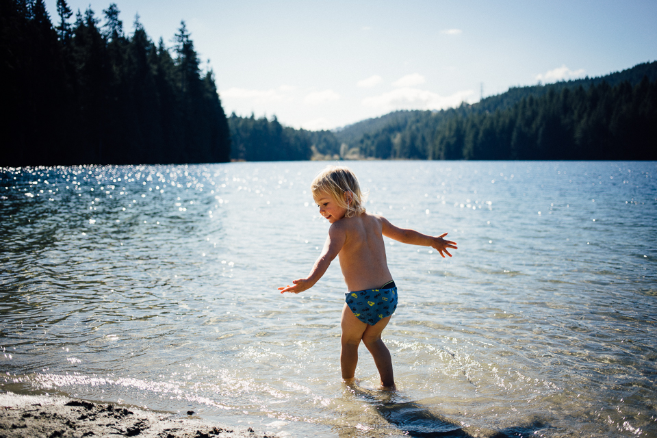 dogwoodphotography_photographer_north_vancouver_child_family_sasamatlake-16.jpg