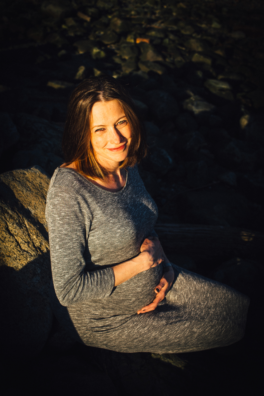 dogwoodphotography_photographer_vancouver_maternity_annemarierattray (13 of 44).jpg