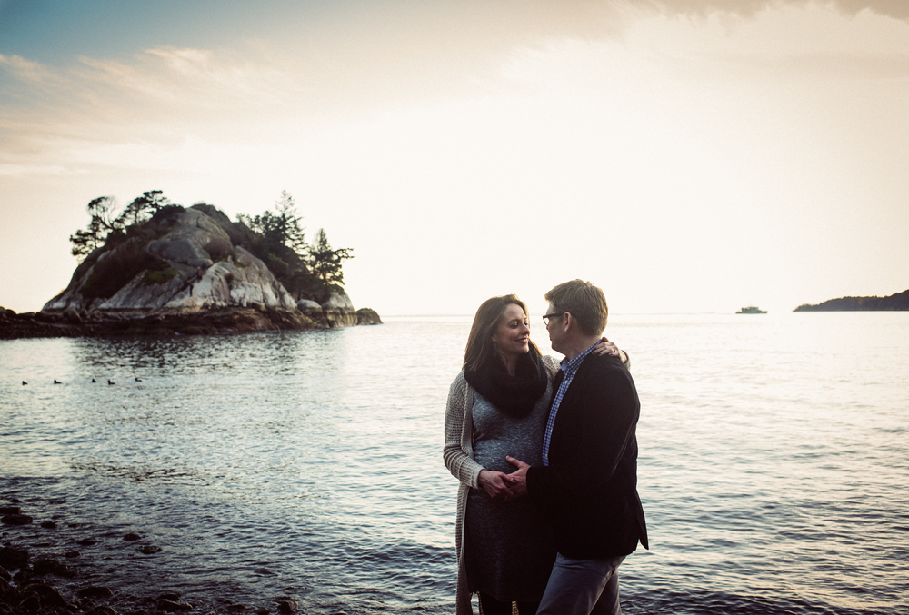 dogwoodphotography_photographer_vancouver_maternity_annemarierattray (36 of 44).jpg