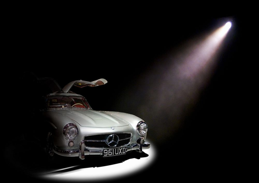 Mercedes Benz The Spotlight.jpg