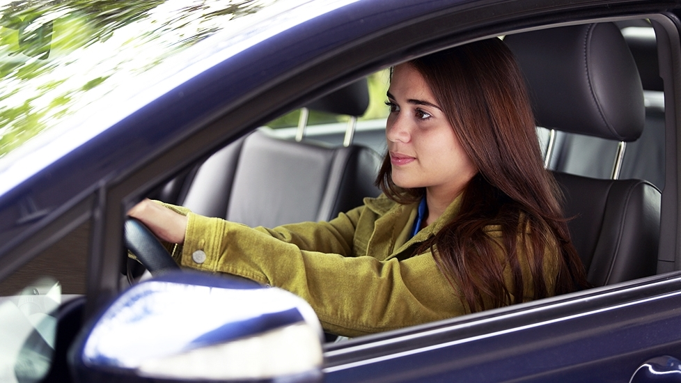 490527483_teen_driver_s.jpg