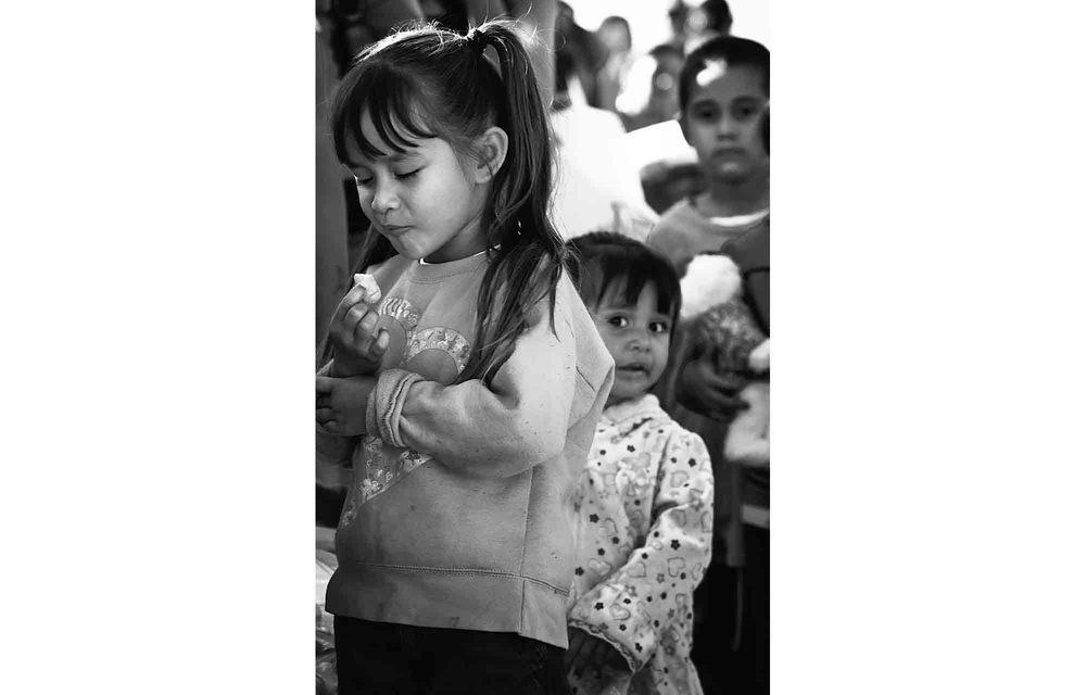 RF food dist kids-horz.jpg