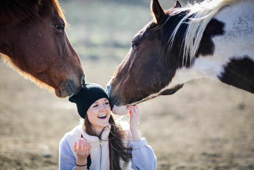 Brittany Sundance Ranch Soulful Entrepreneur Retreat horse kisses.jpg