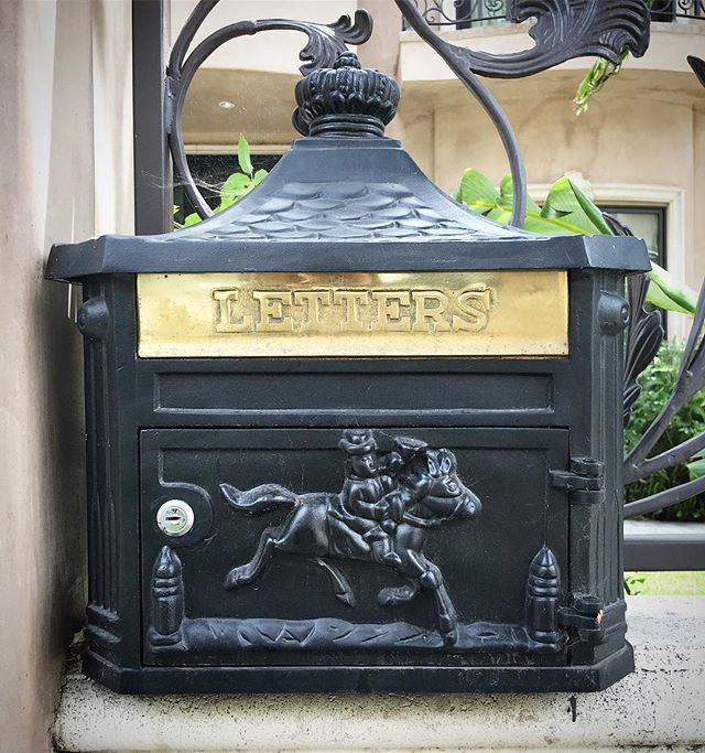 #mailbox crush found around #beverlyhills what a beauty!