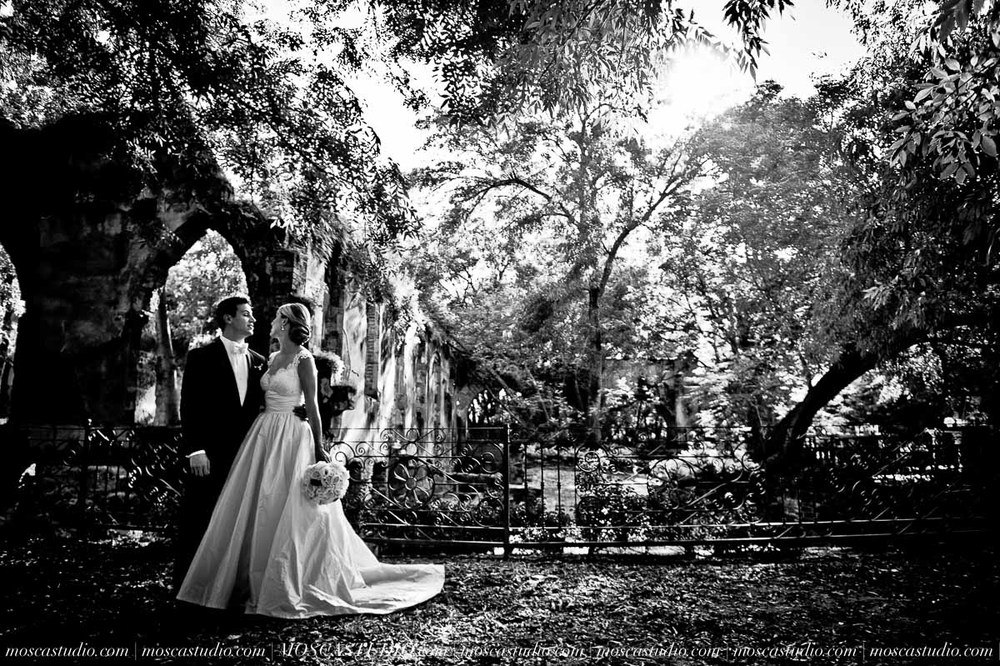 00578-MoscaStudio-Hacienda-La-Escoba-Guadalajara-Mexico-wedding-photography-20150814-SOCIALMEDIA.jpg