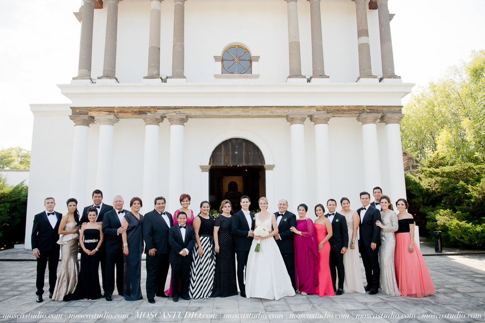 00661-MoscaStudio-Hacienda-La-Escoba-Guadalajara-Mexico-wedding-photography-20150814-SOCIALMEDIA.jpg