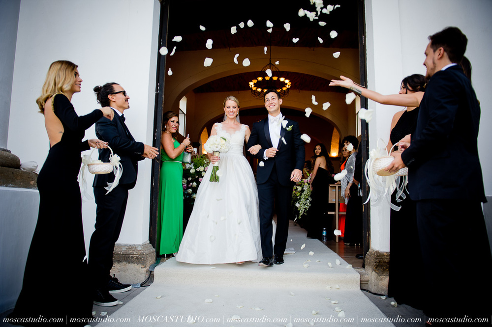 01139-MoscaStudio-Hacienda-La-Escoba-Guadalajara-Mexico-wedding-photography-20150814-SOCIALMEDIA.jpg