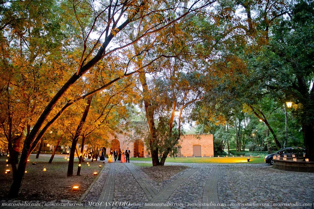 01391-MoscaStudio-Hacienda-La-Escoba-Guadalajara-Mexico-wedding-photography-20150814-SOCIALMEDIA.jpg