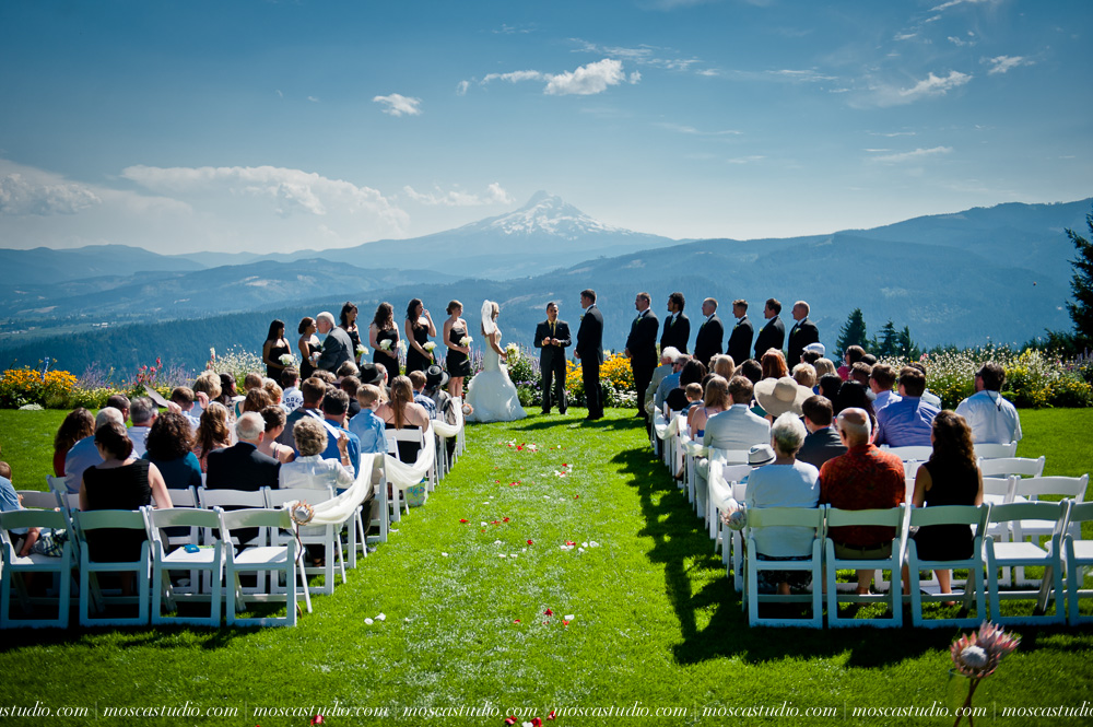 0056-moscastudio-gorge-crest-vineyard-wedding-photography-abraham-rebecca-81714.jpg