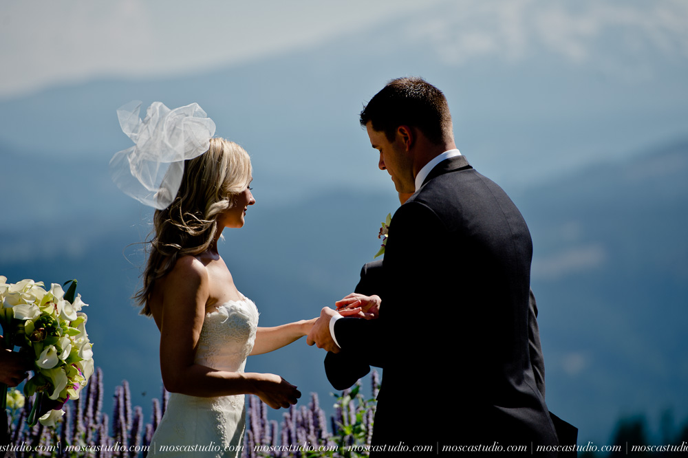 0062-moscastudio-gorge-crest-vineyard-wedding-photography-abraham-rebecca-81714.jpg