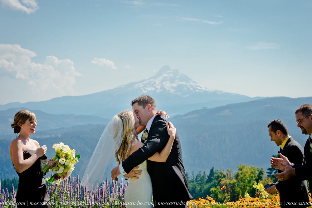 0065-moscastudio-gorge-crest-vineyard-wedding-photography-abraham-rebecca-81714.jpg