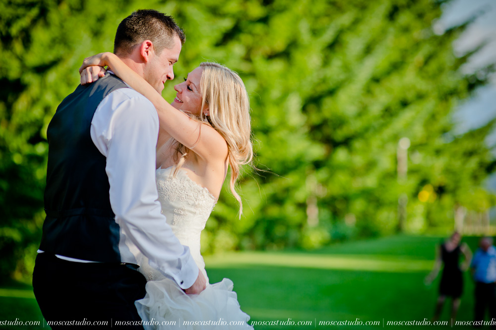 0121-moscastudio-gorge-crest-vineyard-wedding-photography-abraham-rebecca-81714.jpg
