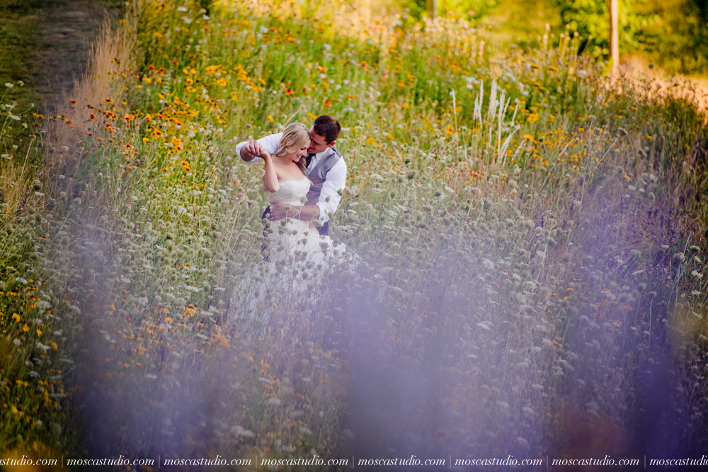 0144-moscastudio-gorge-crest-vineyard-wedding-photography-abraham-rebecca-81714.jpg