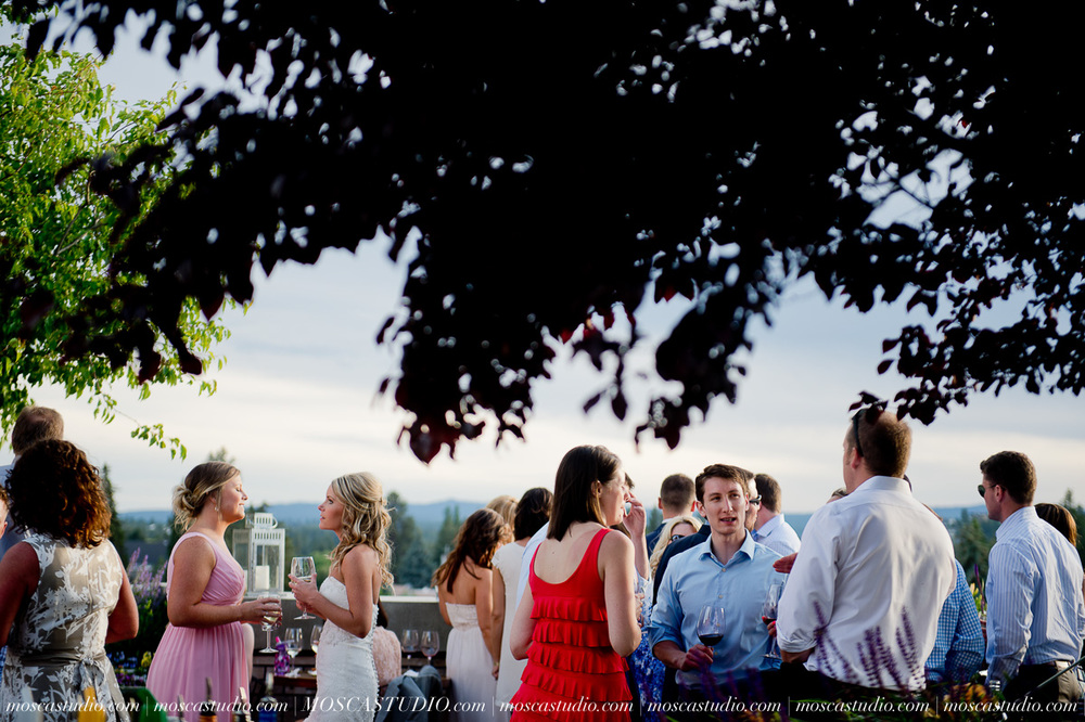 0717-MoscaStudio-Smith-Rock-State-Park-Bend-Wedding-20150620-SOCIALMEDIA.jpg