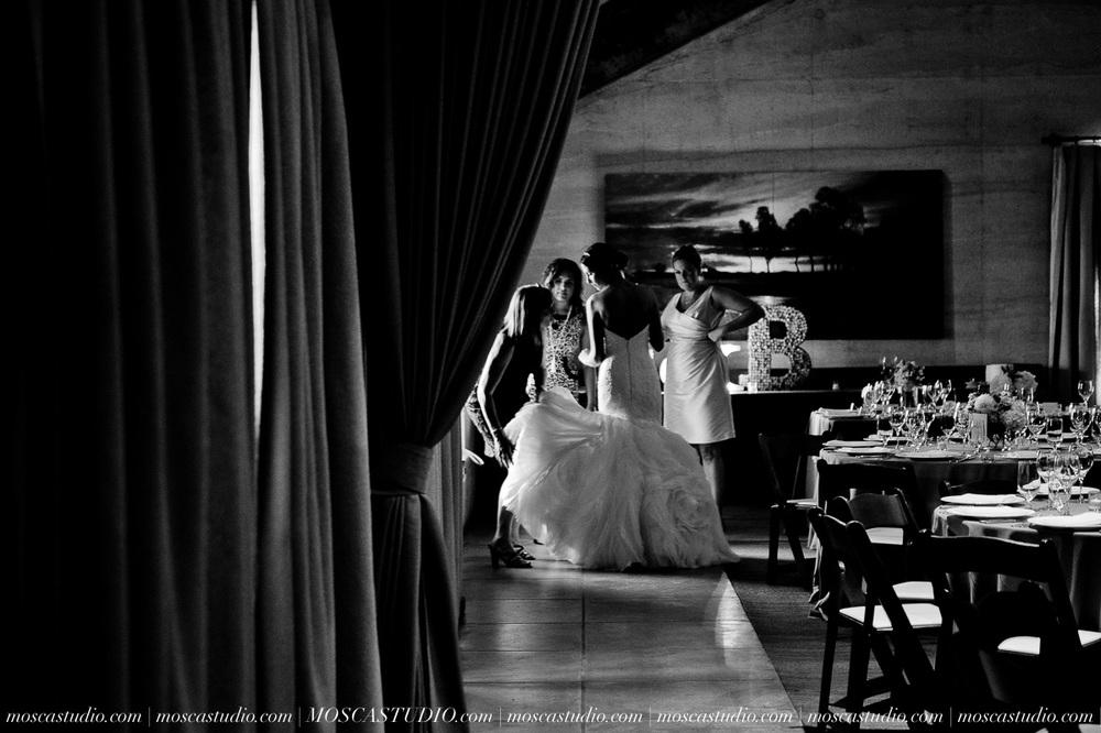01202-MoscaStudio-LaurellBryce-Ramekins-Culinary-School-Sonoma-California-Wedding-20150919-SOCIALMEDIA-SOCIALMEDIA.jpg