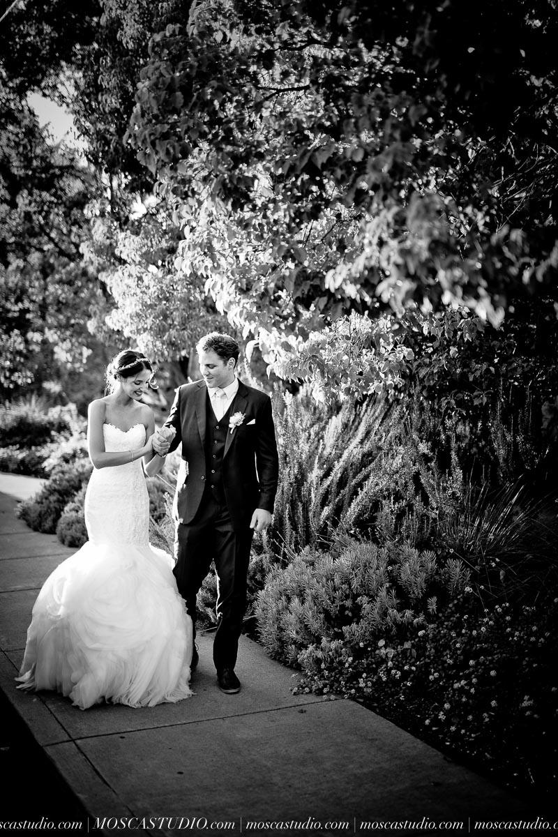 01258-MoscaStudio-LaurellBryce-Ramekins-Culinary-School-Sonoma-California-Wedding-20150919-SOCIALMEDIA-SOCIALMEDIA.jpg