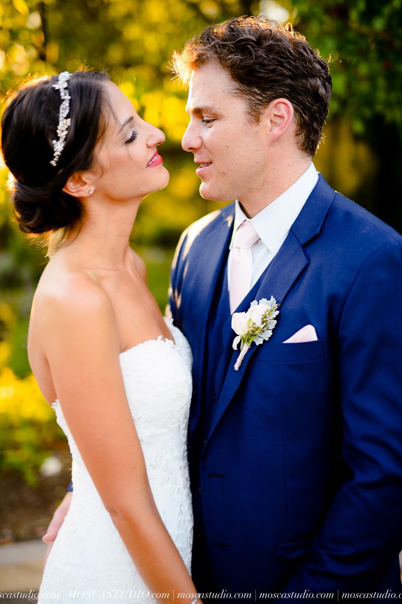 01267-MoscaStudio-LaurellBryce-Ramekins-Culinary-School-Sonoma-California-Wedding-20150919-SOCIALMEDIA-SOCIALMEDIA.jpg