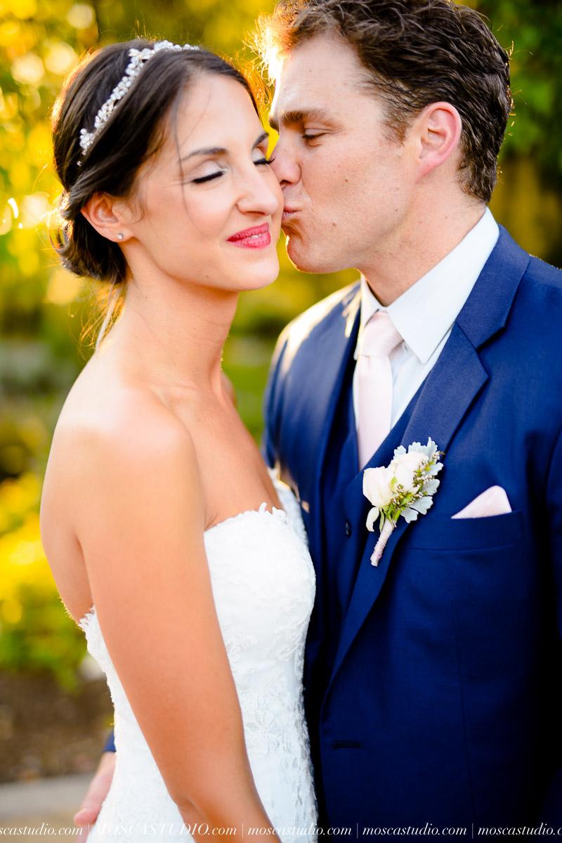 01269-MoscaStudio-LaurellBryce-Ramekins-Culinary-School-Sonoma-California-Wedding-20150919-SOCIALMEDIA-SOCIALMEDIA.jpg