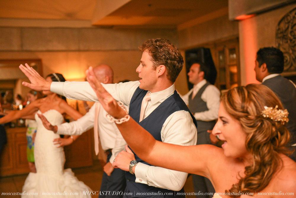 01671-MoscaStudio-LaurellBryce-Ramekins-Culinary-School-Sonoma-California-Wedding-20150919-SOCIALMEDIA-SOCIALMEDIA.jpg