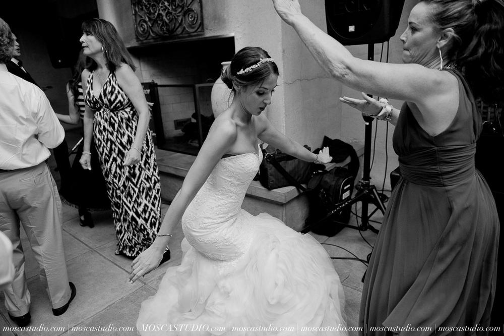 01816-MoscaStudio-LaurellBryce-Ramekins-Culinary-School-Sonoma-California-Wedding-20150919-SOCIALMEDIA-SOCIALMEDIA.jpg