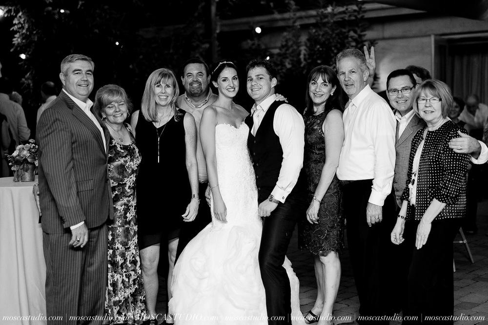 01885-MoscaStudio-LaurellBryce-Ramekins-Culinary-School-Sonoma-California-Wedding-20150919-SOCIALMEDIA-SOCIALMEDIA.jpg