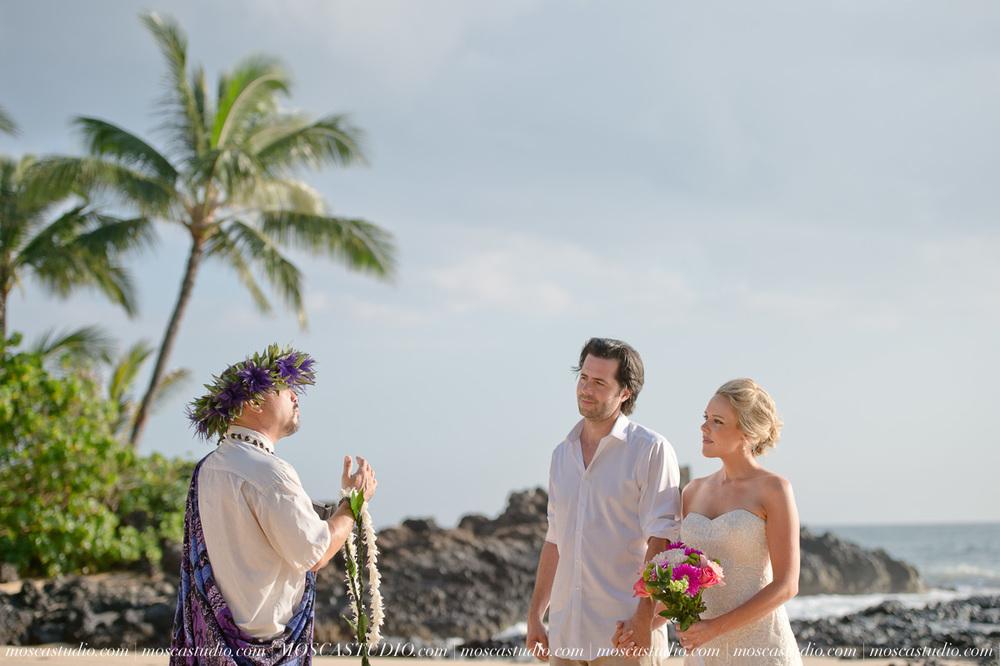 00154-MoscaStudio-AprilRyan-Maui-Hawaii-Wedding-Photography-20151009-SOCIALMEDIA.jpg